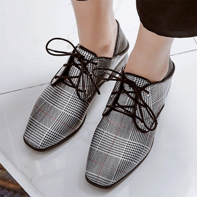 Checkered Lace-up Daily Square Toe Oxfords_8