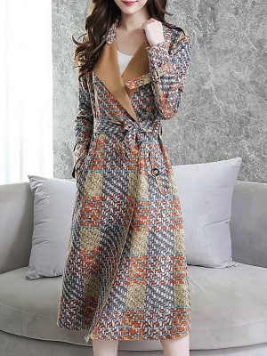 Multicolor Long Sleeve Lapel Buttoned Pockets Printed Paneled Coat_4