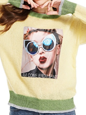 Yellow Long Sleeve Graphic Sweater_5