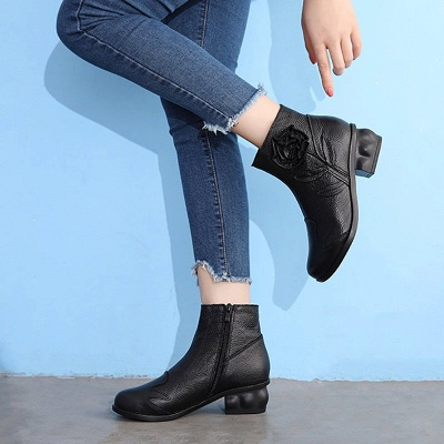 Chunky Heel Leather Flower Round Toe Boots_5