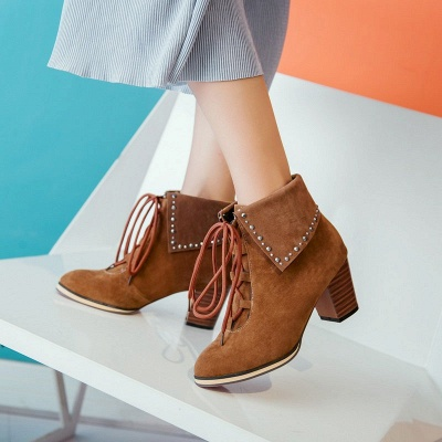 Chunky Heel Daily Rhinestone Pointed Toe Boots_3