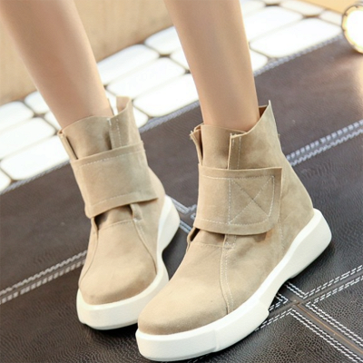 Flat Heel Round Toe Casual Middle Heel Boots_1