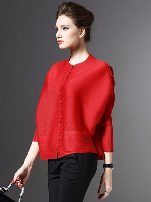 Crew Neck Pockets Buttoned Pleated Coat_10