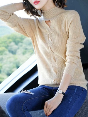 Solid Casual Long Sleeve Cutout Turtleneck Sweater_4