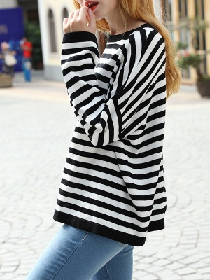Black-white Long Sleeve Cotton Shift Printed Sweater_6
