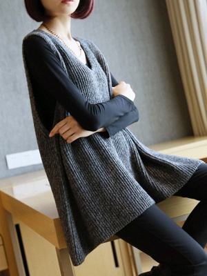Shift V Neck Sleeveless Sweater_2