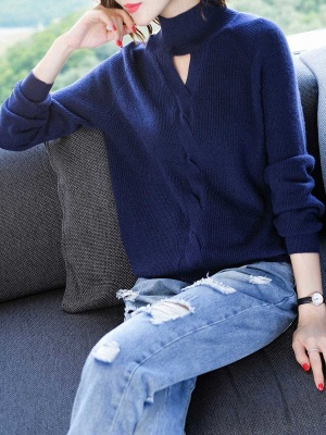 Solid Casual Long Sleeve Cutout Turtleneck Sweater_2