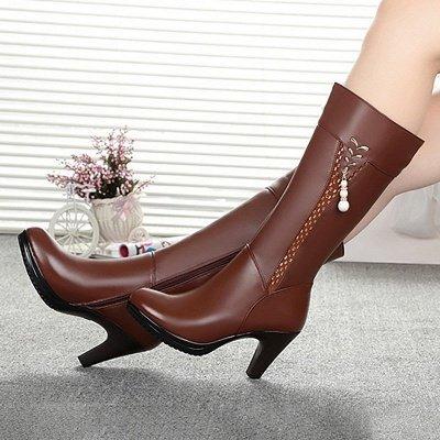 Daily Pearl Imitation Pointed Toe Chunky Heel Elegant Boots_1