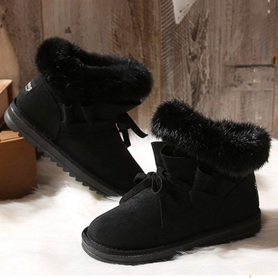 Feather Flat Heel  Boot_9