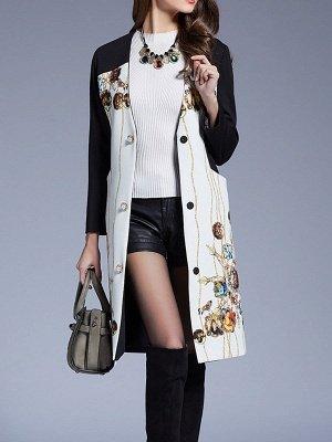 White Buttoned Elegant Printed Coat_5