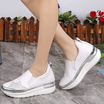Daily Round Toe Wedge Heel PU Loafers_3