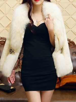 White Casual Shift Fluffy  Buttoned Fur and Shearling Coat_6