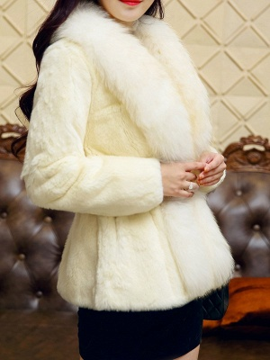 White Casual Shift Fluffy  Buttoned Fur and Shearling Coat_4