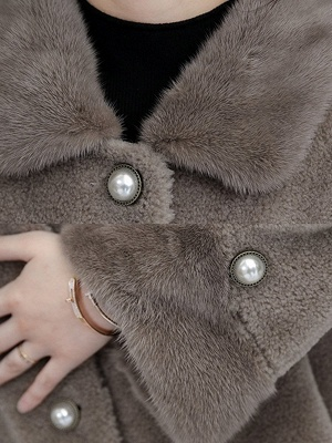 Buttoned Long Sleeve Solid Fur And Shearling Coats_11