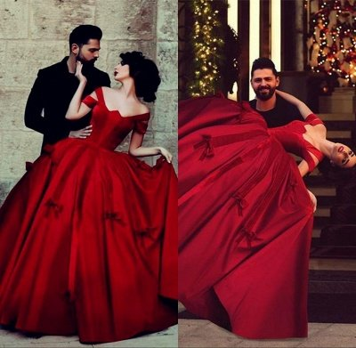 Gorgeous Satin Off-the-Shoulder Red Long Ball-Gown Evening Dresses_4