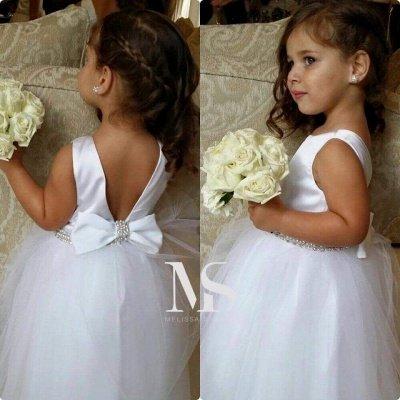 Lovely Bateau Sleeveless Tulle Flower Girl Dress With Bowknot Beadings_1