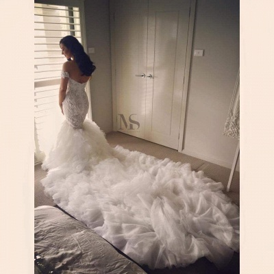 Off-the-shoulder Sweep Train Sexy Mermaid Wedding Dress With Ruffles_3