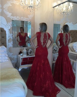 Mermaid Delicate Red V-neck Lace Cap-Sleeve Pearls Prom Dress_4