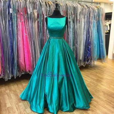 Stunning A-Line Green Sleeveless Beadings Prom Dress_1