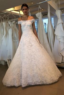 Modern Lace Off-the-shoulder A-line Wedding Dress_2