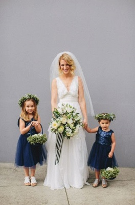 Lovely Blue Short Sequined Flower Girl Dresses_2