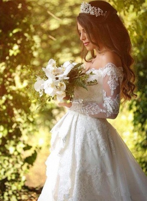 Beautiful Off-the-Shoulder Long Sleeves Lace Princess Wedding Dress_3