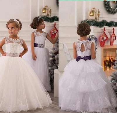 Lovely Illusion Sleeveless Tulle Flower Girl Dress With Lace Appliques_2