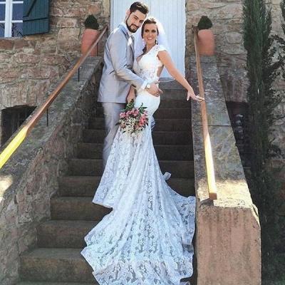 Open-Back Sleeveless V-Neck Glamorous Mermaid Lace Wedding Dress_4