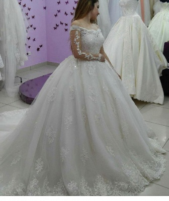Lace-Applique Ball-Gown Long Sleevess Tulle Off-The-Shoulder Pearls Wedding Dresses_4