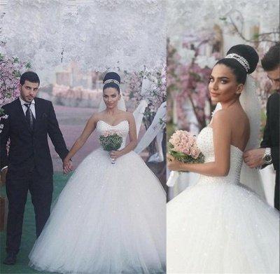 Sweetheart Glamorous Beading Sleeveless Princess Ball Gown Wedding Dress_5