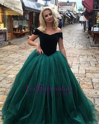 Glamorous Ball  Gown Off-The-Shoulder Prom Dresses_1