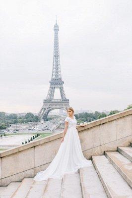 White A-line Cap-Sleeve V-Neck Lace Romantic Wedding Dresses_4