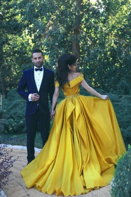 Glamorous Yellow Prom Dresses Ruffles Off-the-Shoulder Beadings A-Line Evening Gowns_3