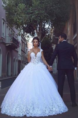Glamorous V-Neck Sleeveless Appliques Tulle Ball Gown Wedding Dress_2