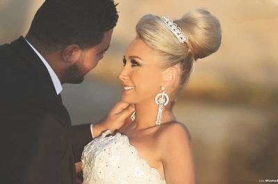 Luxurious Sweep Train Crystal Beading Mermaid Tulle Wedding Dress with Detachable Train_3