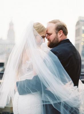 Glamorous Long-Sleeve White Zipper Off-the-shoulder Mermaid Lace Wedding Dress_7