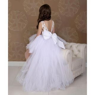Lovely Sweep Train Jewel White Hi-Lo Tulle Flower Girl Dress_3
