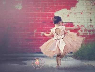 Lovely Cap Sleeve Tulle Princess Flower Girl Dress with Bowknot_2