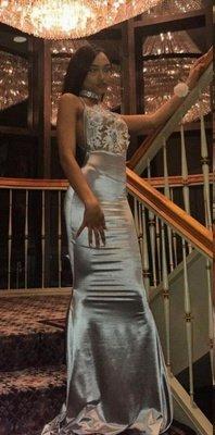 Halter Mermaid Backless Prom Dresses | Long Lace Sleeveless Evening Dresses_1
