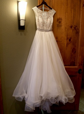 Lace A-line Capped Sleeves Exquisite Beading Ruffles Trim Wedding Dresses_3