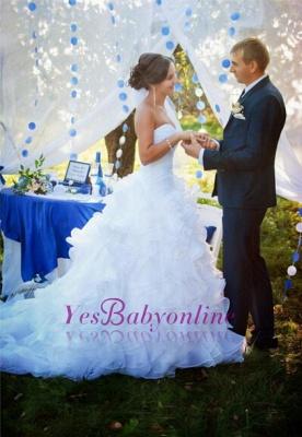 Sleeveless White Ruffles Sweep Train Sweetheart Modern Wedding Dress_1