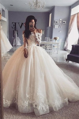 Off the Shoulder Lace Ball Gown Wedding Dresses with Long Sleeves