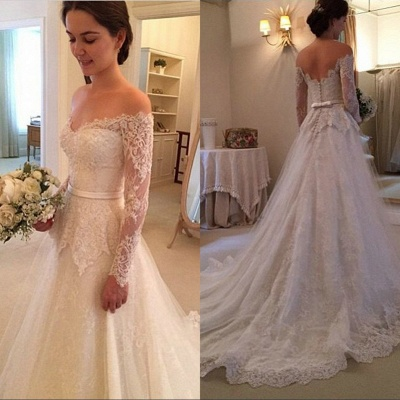 Glamorous Court-Train Lace Long Sleevess Off-The-Shoulder Wedding Dress_3