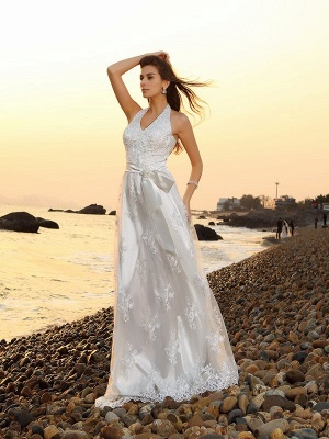A-Line Lace Halter Wedding Dress | Sleeveless Floor-Length Bridal Gowns_1