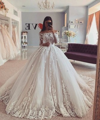 Gorgeous Jewel Long Sleeve Applique Lace Ball Gown Wedding Dress_2
