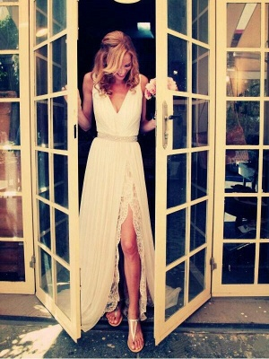 Modern A-Line Chiffon Lace Wedding Dress | V-Neck Sleeveless Front-Split Floor-Length Bridal Dress with Beadings_3