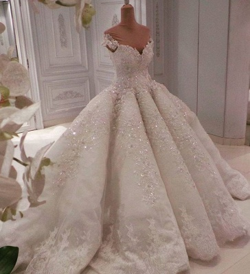 Alluring Off The Shoulder Sweetheart Lace Beading Ball Gown Wedding Dress_1
