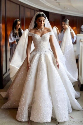 Sweetheart Off The Shoulder Ruffles Lace Ball Gown Wedding Dresses_1