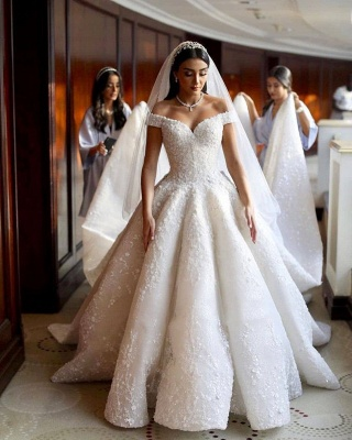 Sweetheart Off The Shoulder Ruffles Lace Ball Gown Wedding Dresses_2