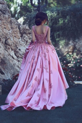 2019 Elegant Puffy Prom Dress Lace Appliques Straps Long Formal Gowns_4